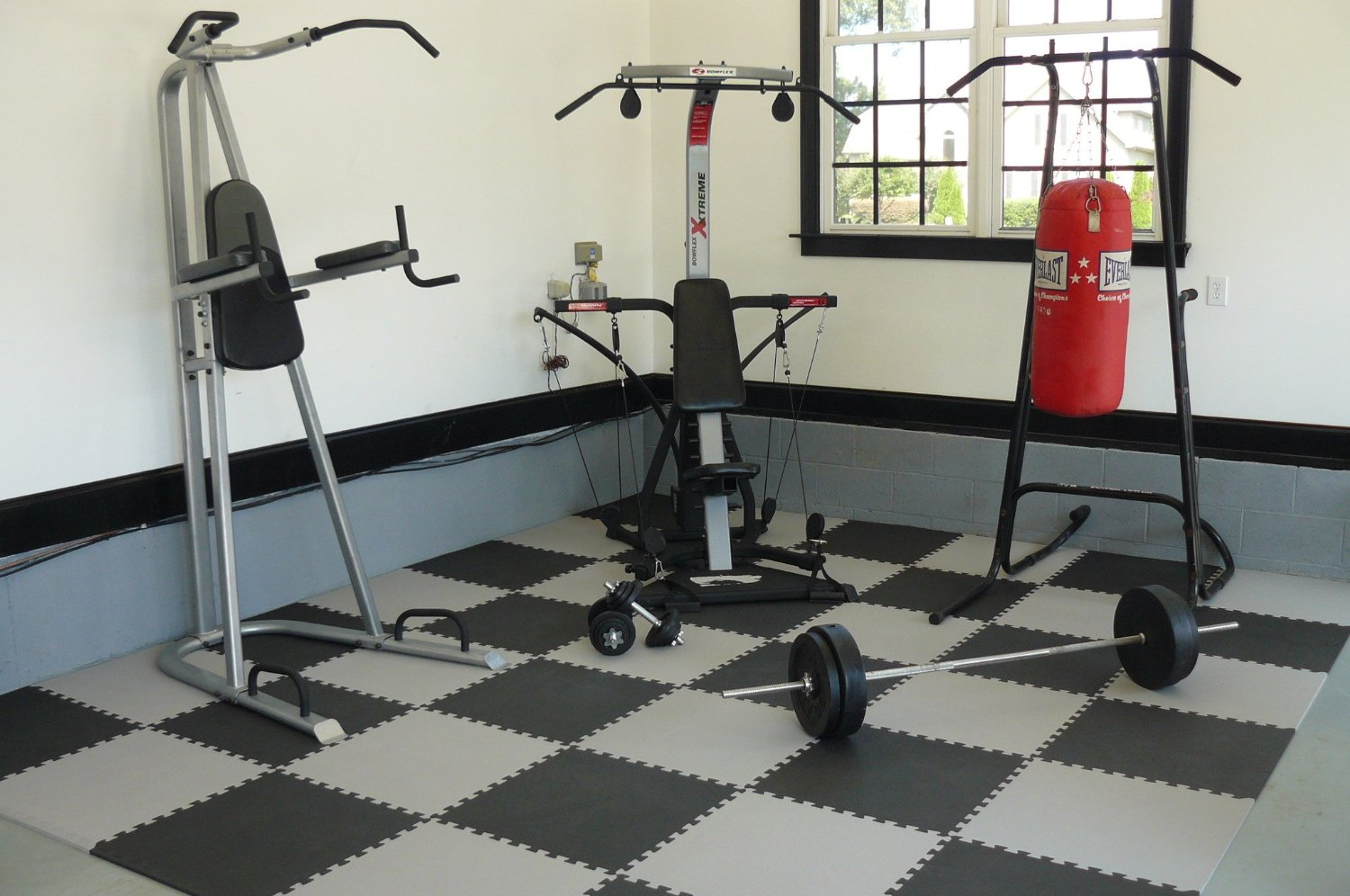 Best Interlocking Mats For Your Exercise Room Floor